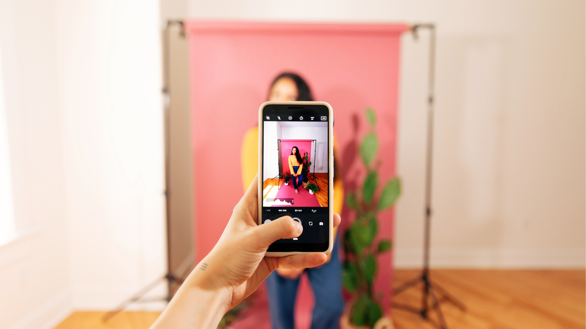 The Moment Pro Camera app shooting portrait photography on a Pixel
