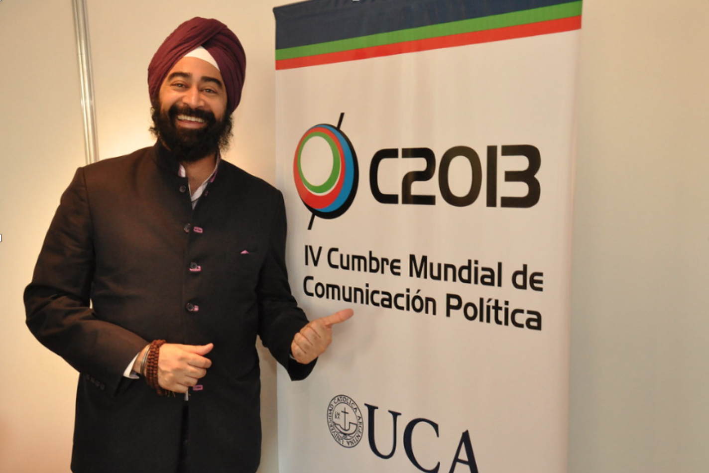 Ravi Singh is invited to speak at a political training seminar in Medellin, Colombia.