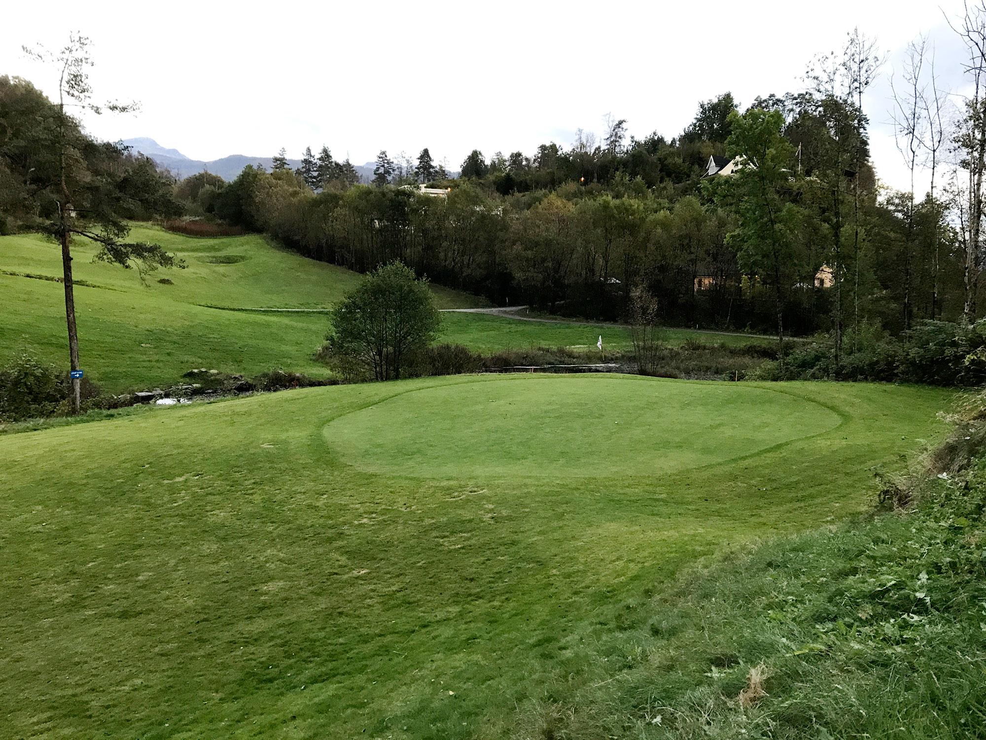 Sauda golfbane hull 9 green
