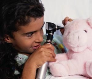 ORL oreilles otite enfant consultation pediatre pediatrie