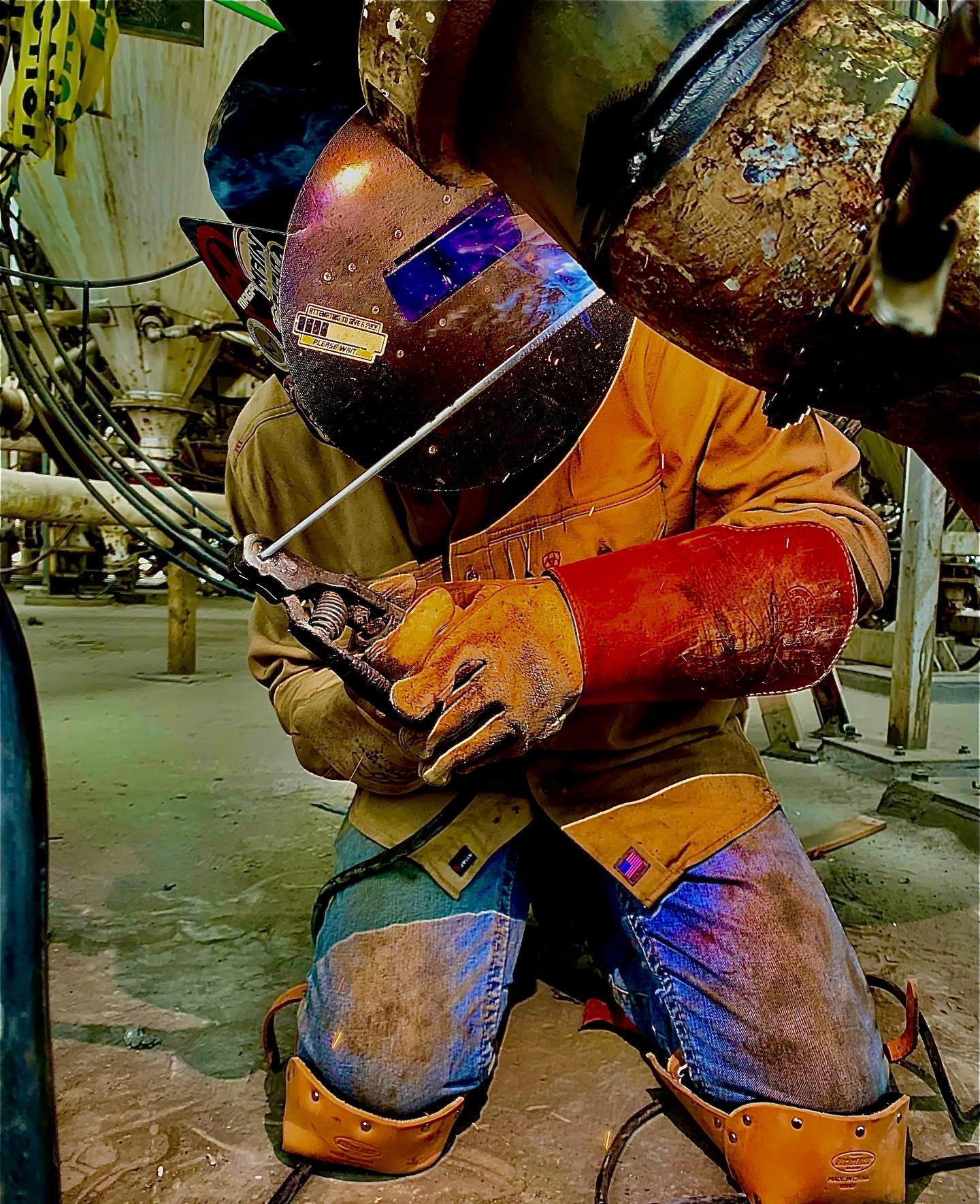 Slade Hagan Stick welding in a bulk plant @shagan_15 #worksafe
