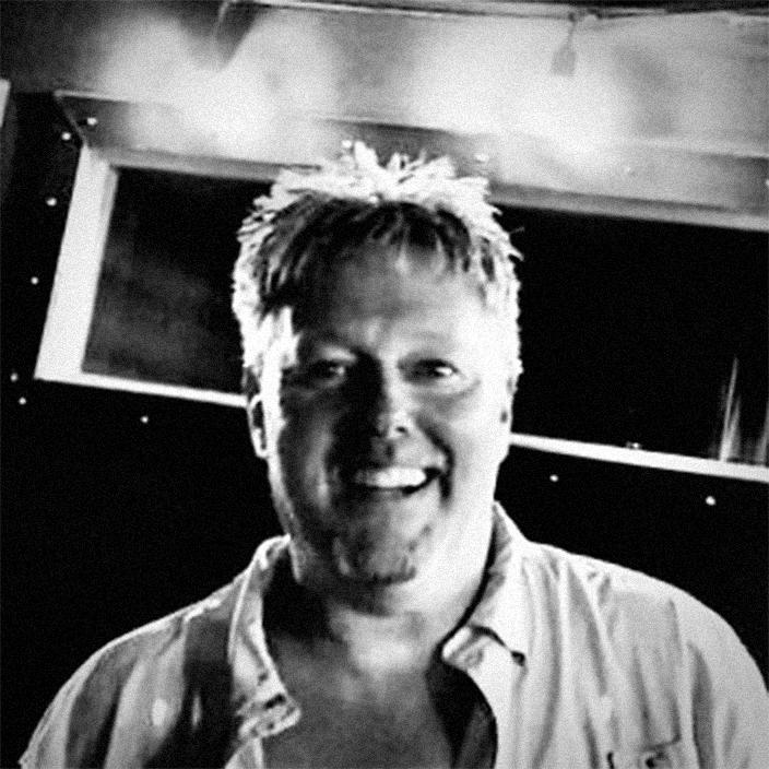 Headshot of Eric Bongard