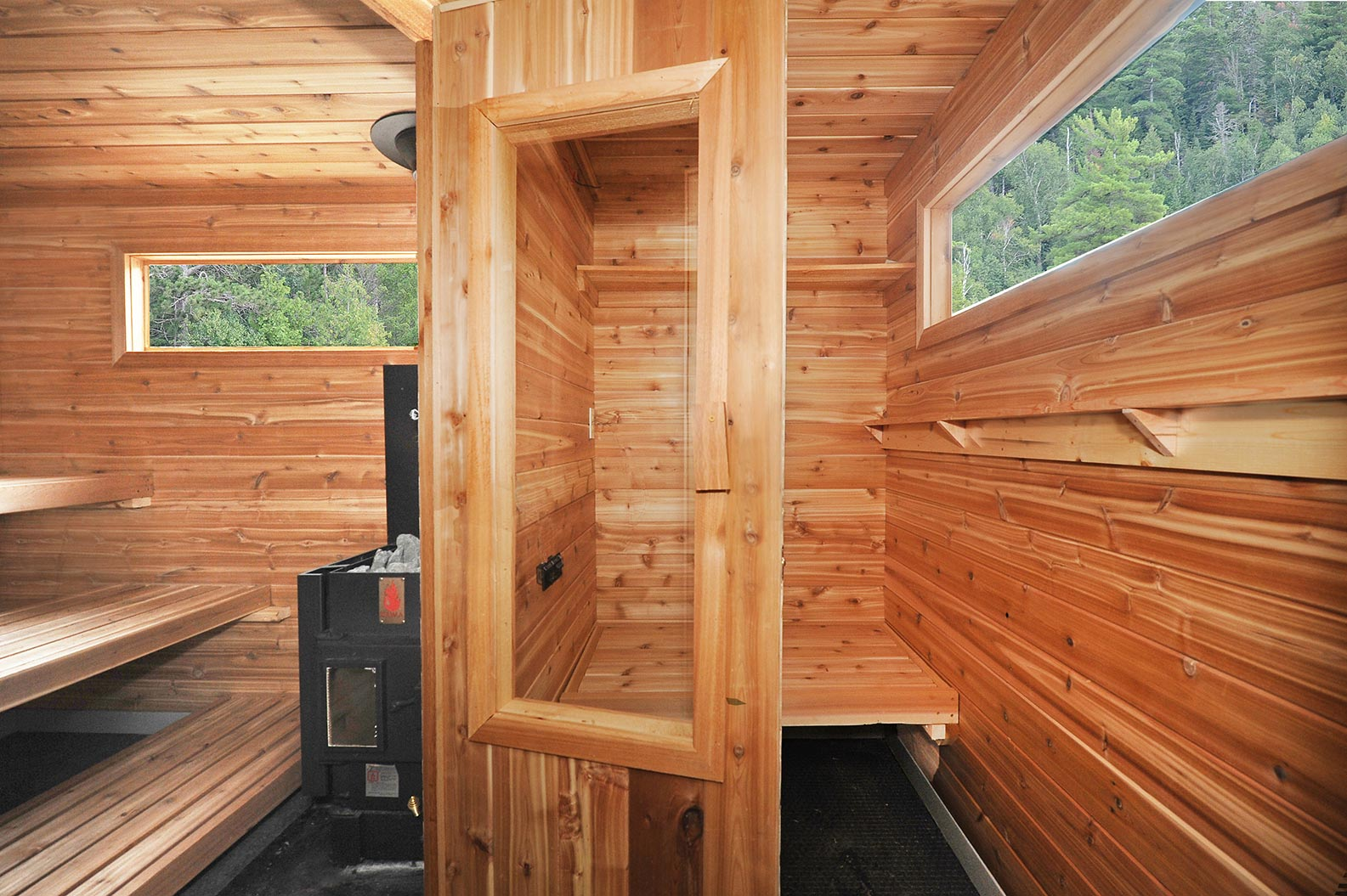 Mobile sauna window fogged up from outside