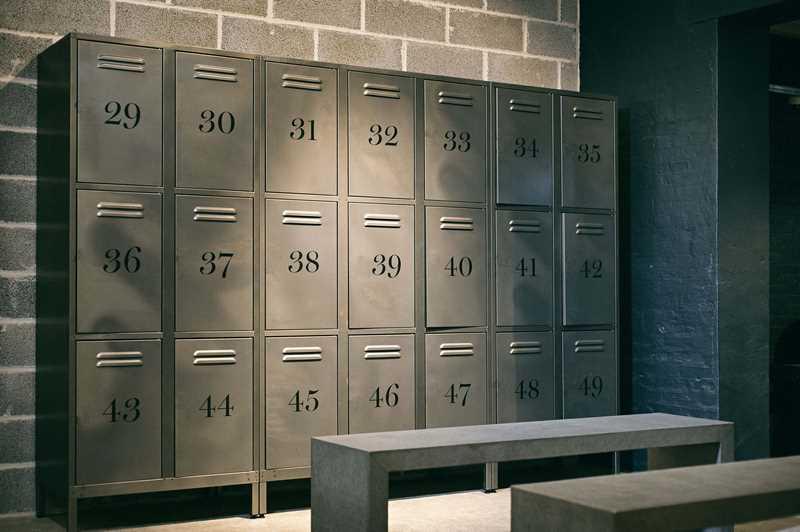 Des casiers sécurisés de salle de sport