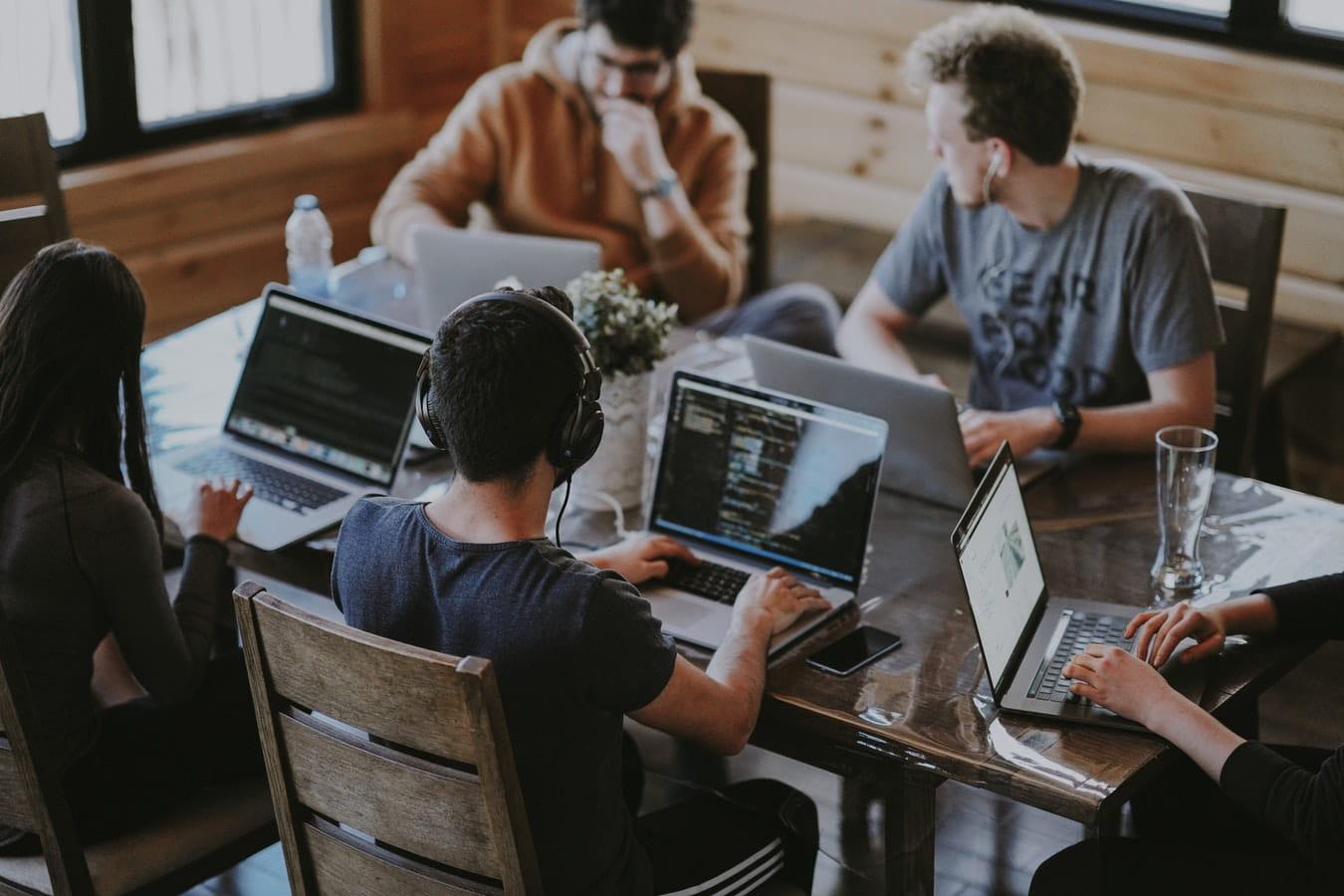 Le smart office : des espaces plus confortables et plus conviviaux