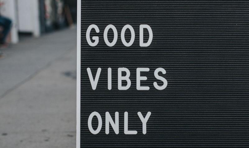 Good vibes only avec l'accueil visiteur de Welcomr