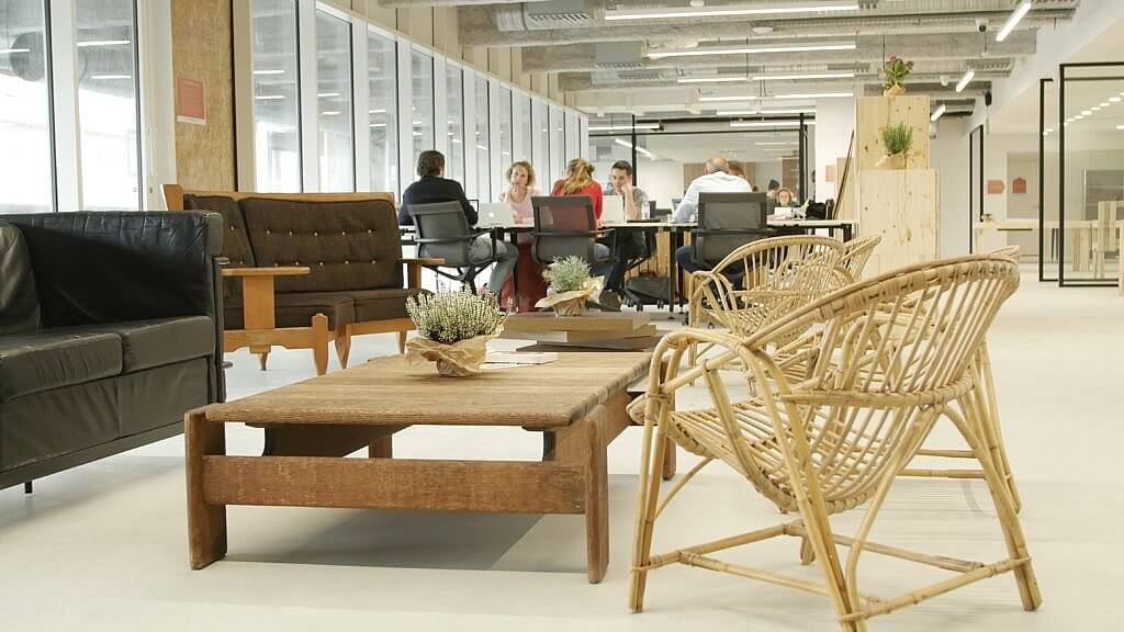 espace de bureau confortable avec Welcomr