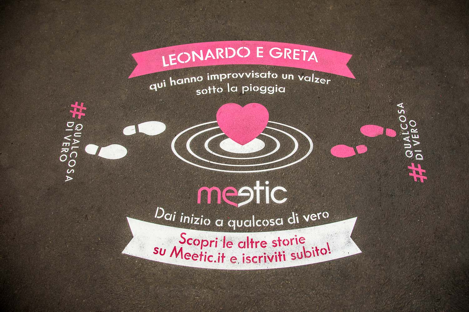 street advertisement meetic