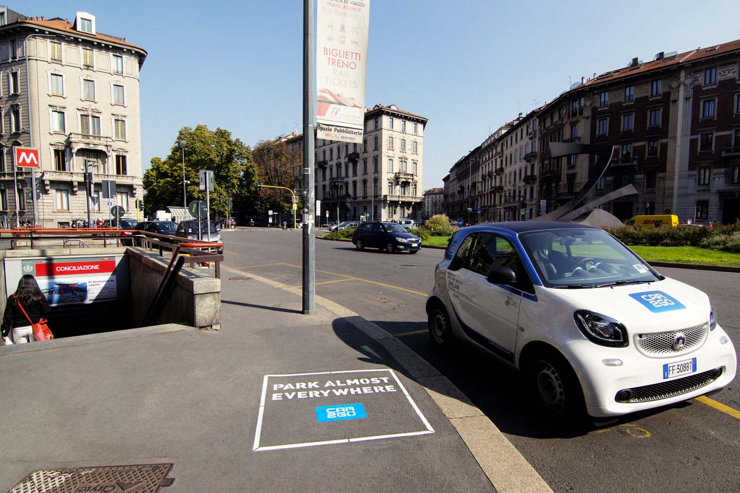outdoor advertising car2go
