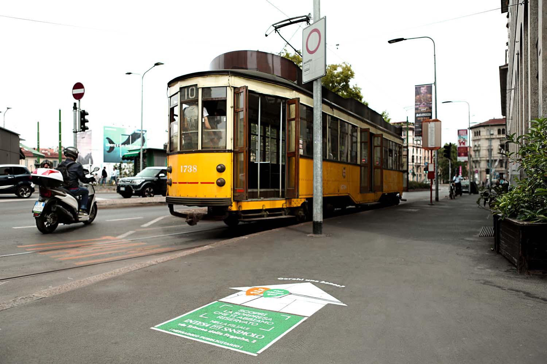 pubblicità stradale intesa sanpaolo