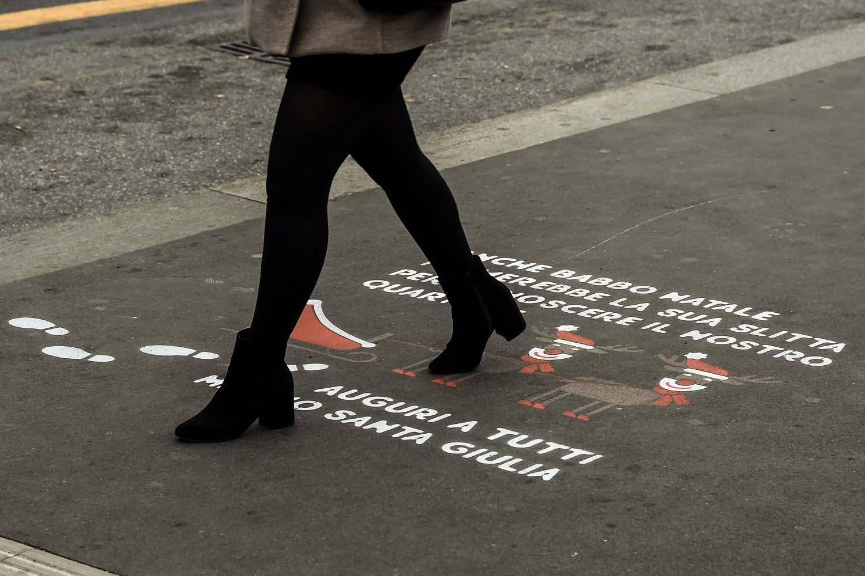 graffiti pubblicità risanamento santa giulia