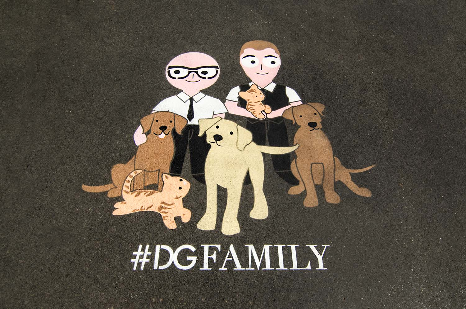 outdoor advertising d&g