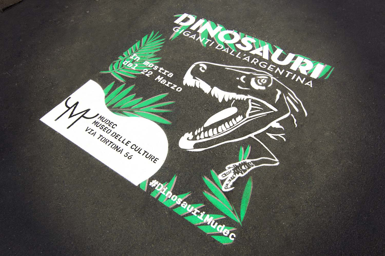 graffiti pubblicitari mudec dinosauri