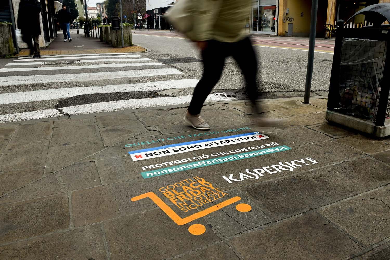 campagna pubblicitaria kaspersky