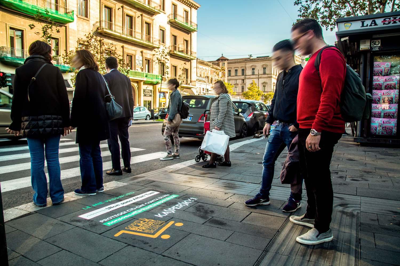 pubblicità marciapiedi kaspersky