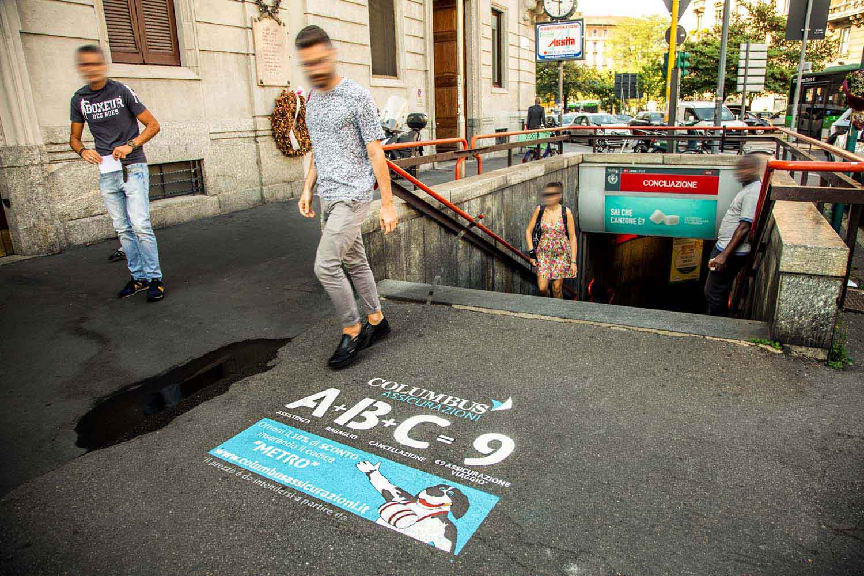 pubblicità marciapiedi columbus