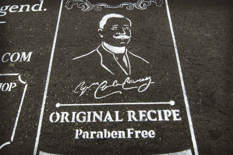street advertising pasta del capitano