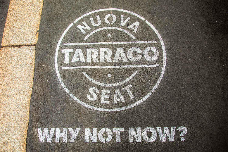 pubblicità marciapiede seat tarraco