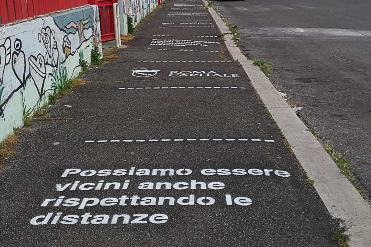 ambient marketing roma capitale social distancing