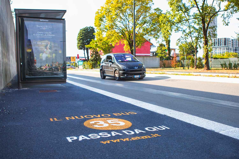 graffiti pubblicitari atm milano linea 35