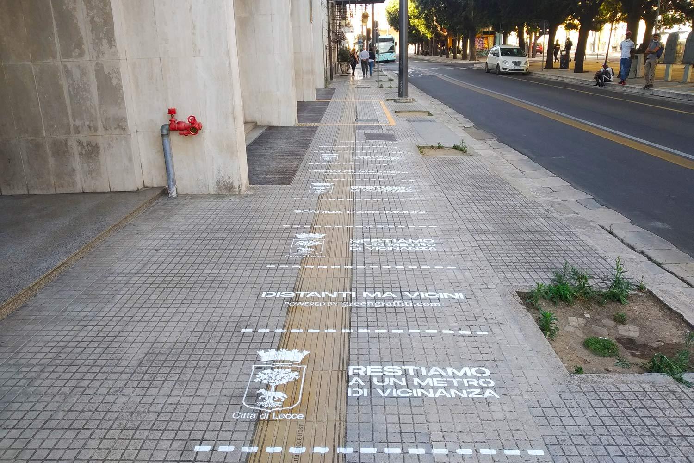street advertisement comune di lecce