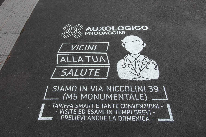 graffiti pubblicitari centro auxologico