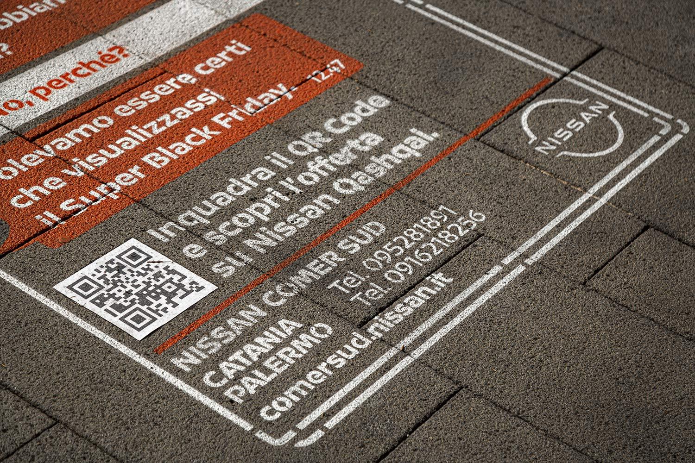 graffiti pubblicitari Nissan
