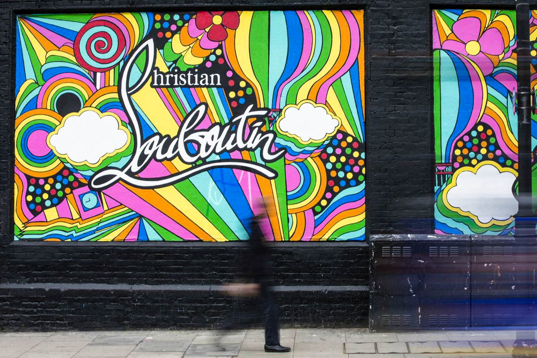 Louboutin murales Fashion