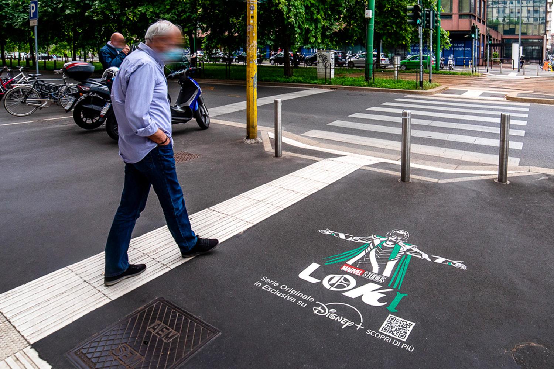 street marketing disney marvel Loki