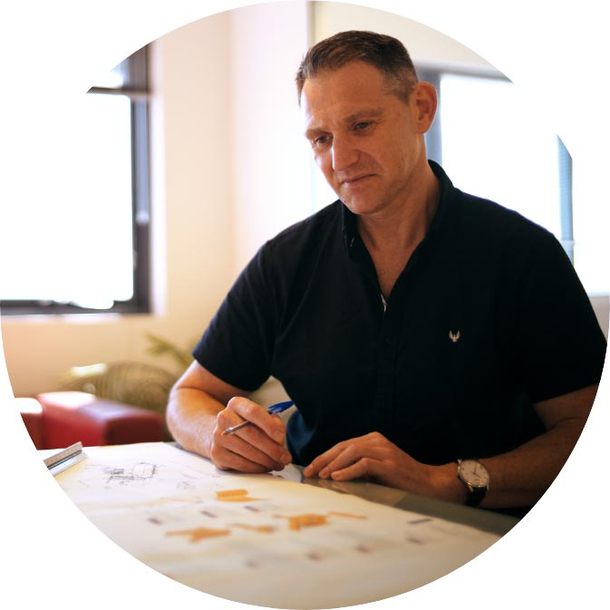 Safy Tashkandy - Brand Designer