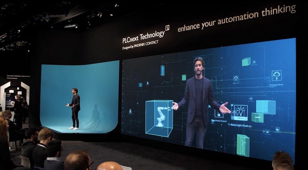 Eintauchen in digitale Welten – unsere Virtual-Reality-Show für PHOENIX CONTACT macht digitale Marktplätze live erlebbar.