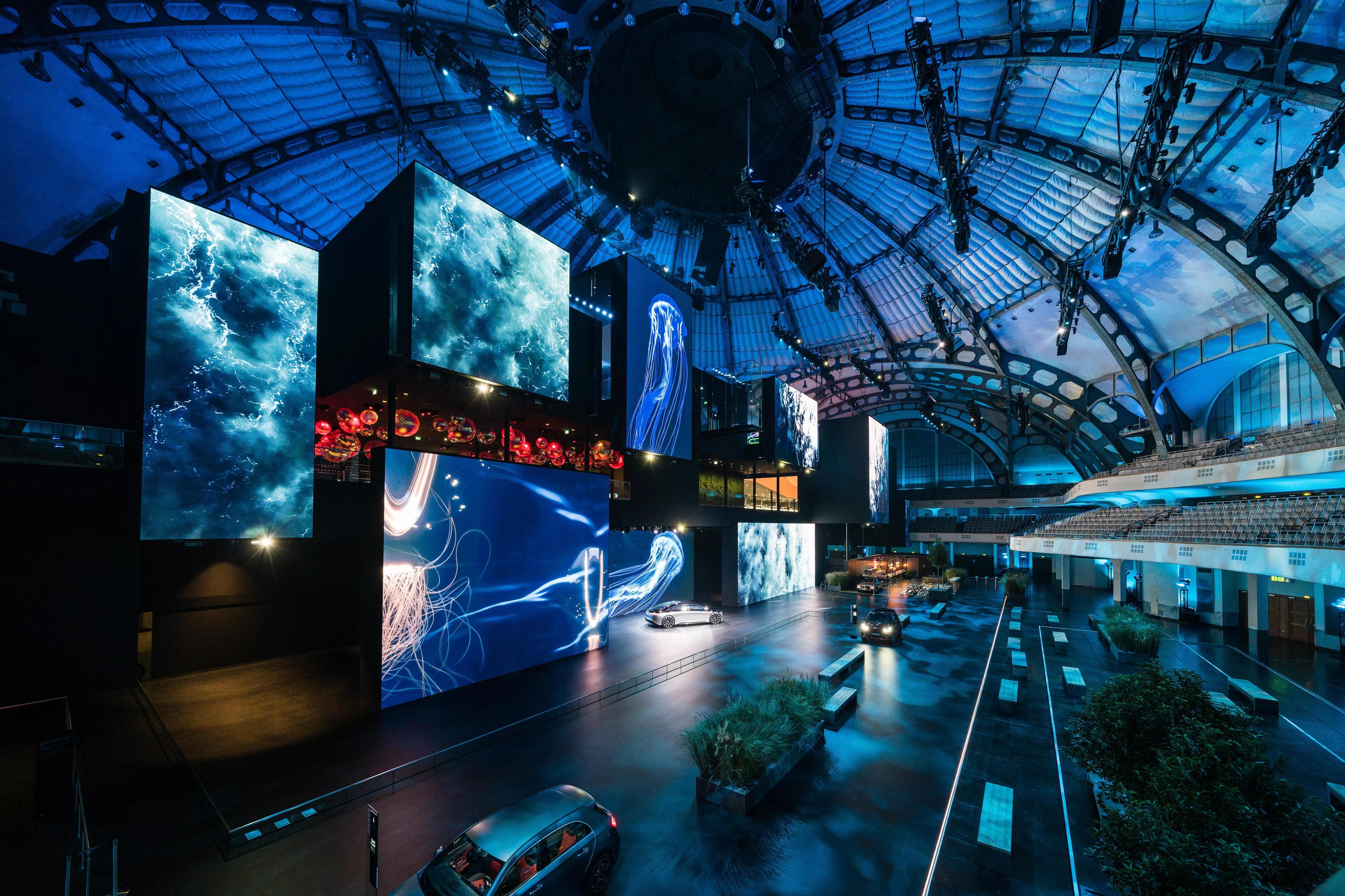 Die Visitor Experience für Mercedes-Benz auf der IAA 2019 in Frankfurt zeigt die konsequente Weiterentwicklung der Dialogplattform.