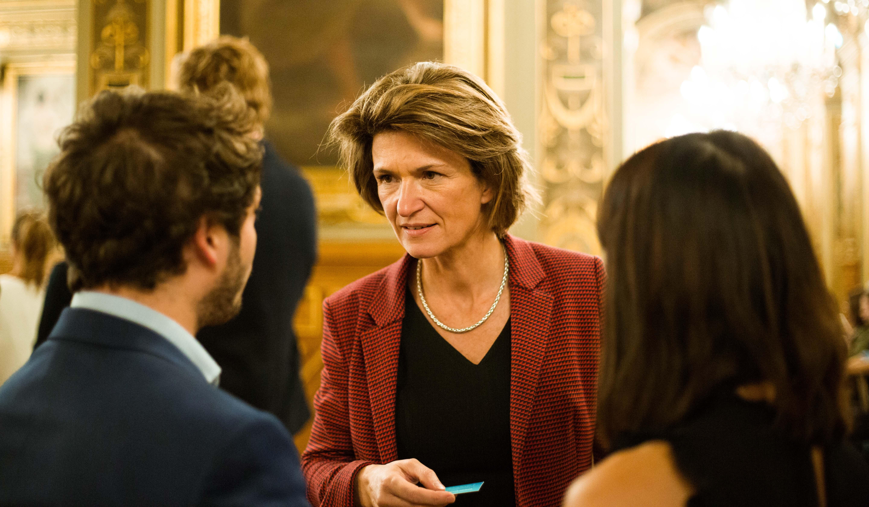 Discussions entre Isabelle Kocher la CEO d'Engie et des membres Nova