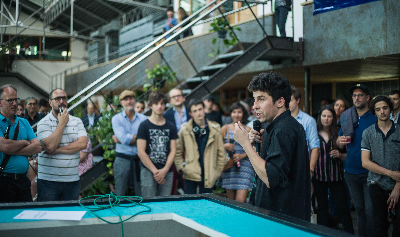 Paul Poupet lors du discours d'inauguration de la hacker-house Seed-Up