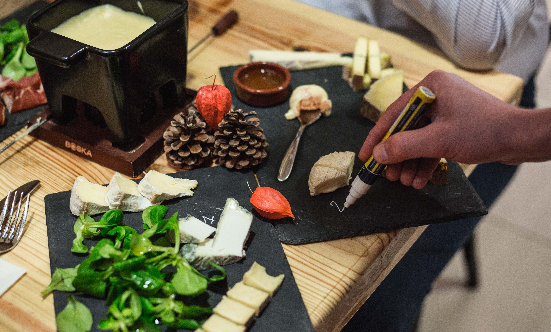 Dégustation à l'aveugle des fromages chez Paroles de Fromagers