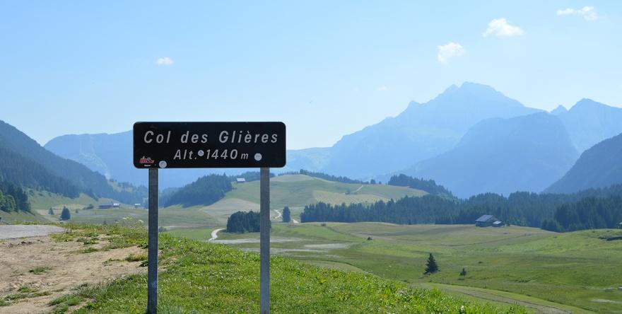 Balade à vélo en Haute-Savoie : le Col de Glières