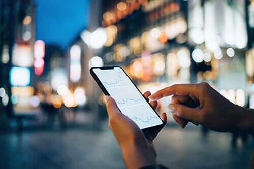 Grafische Finanzauswertung auf Smartphone
