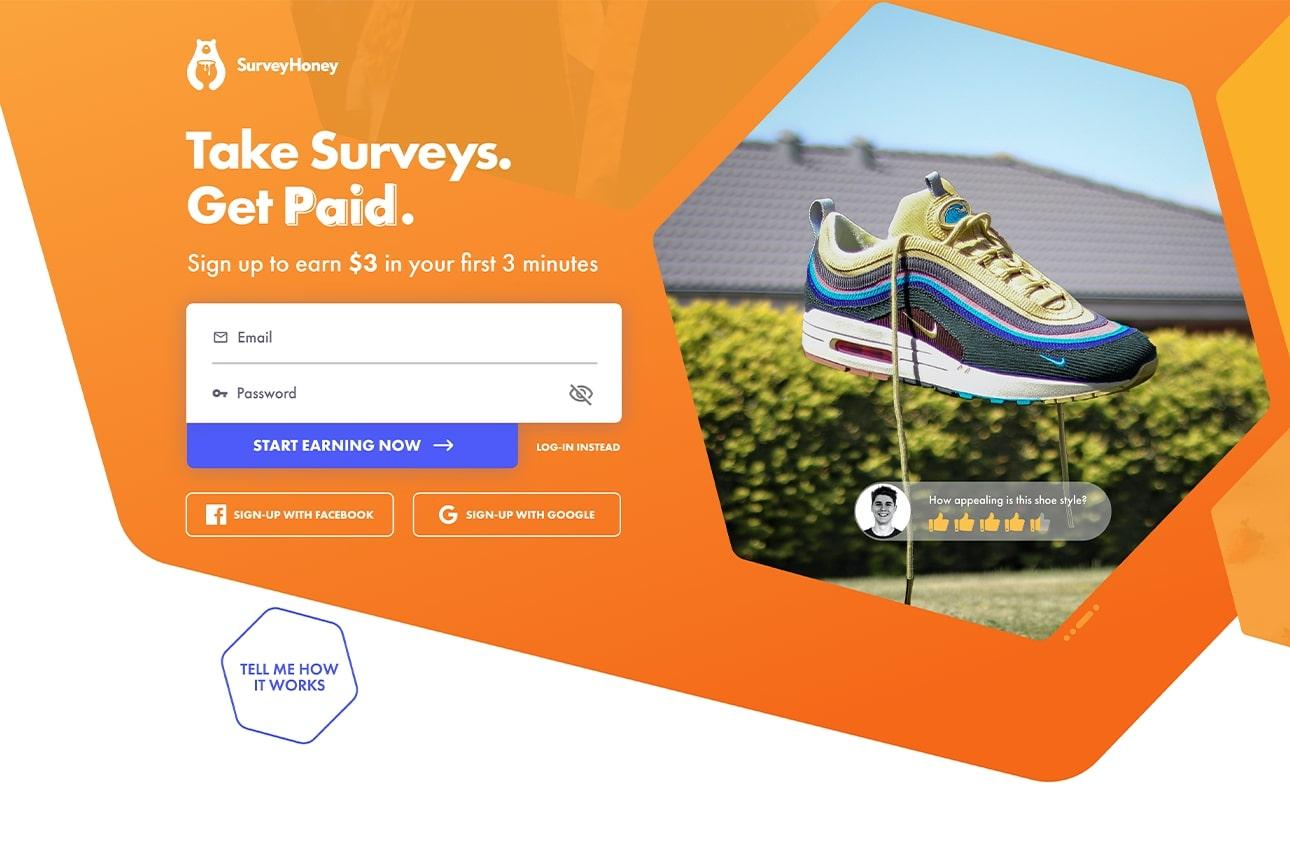 Diseño web del carrusel de la sección hero de Surveyhoney mostrando una zapatilla. Diseño por El Patio Webflow Studio.