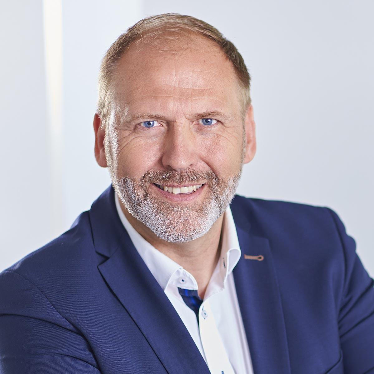 Andreas Schiller | Recht und Vertragswesen