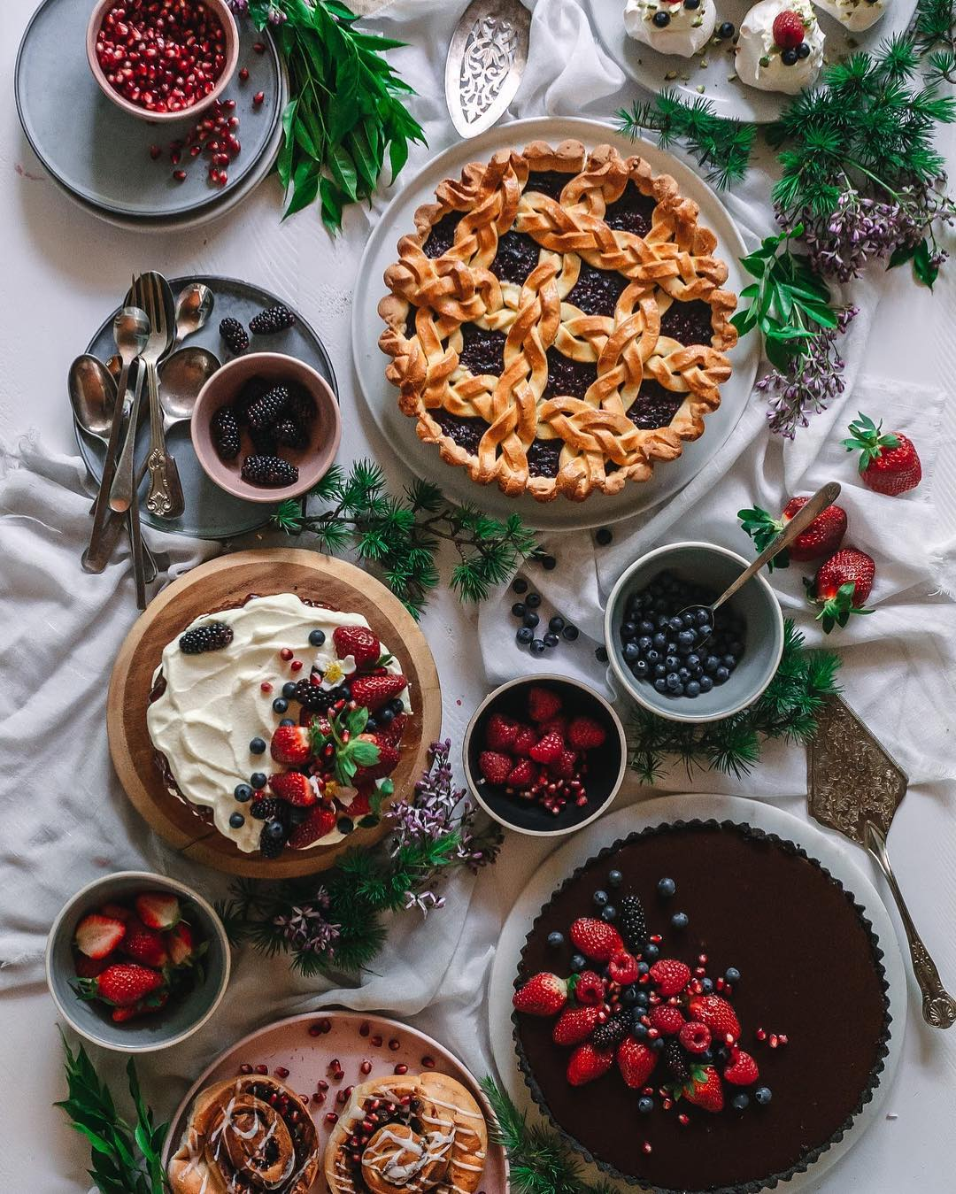 Meet the 6 personalities of the flatlay and master your next composition