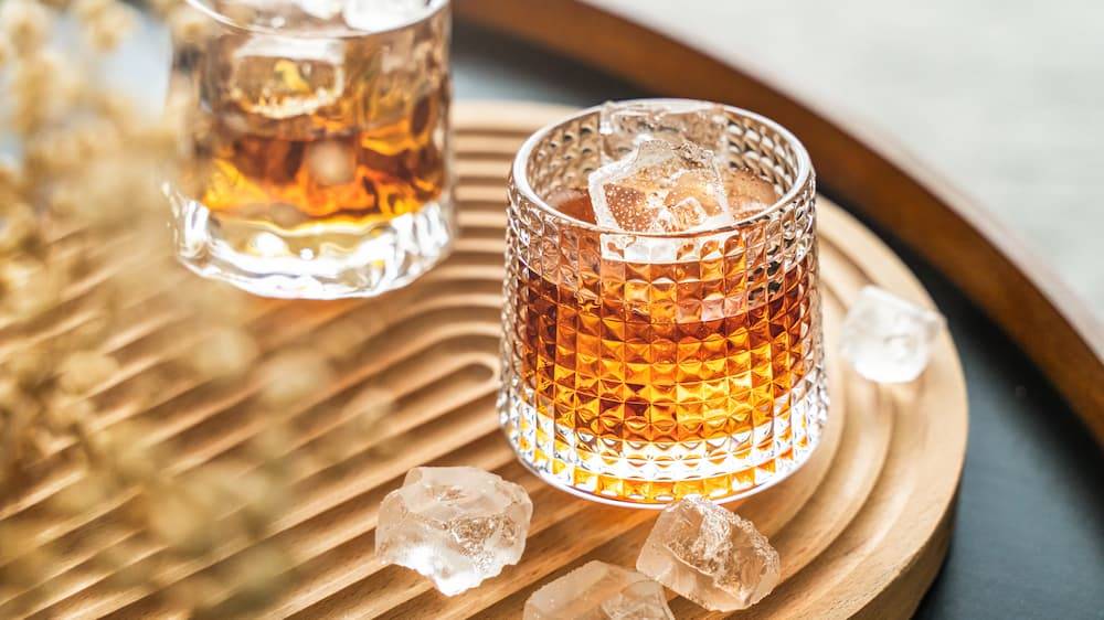 How to create fake ice cubes that look like the real deal for your next drinks photoshoot