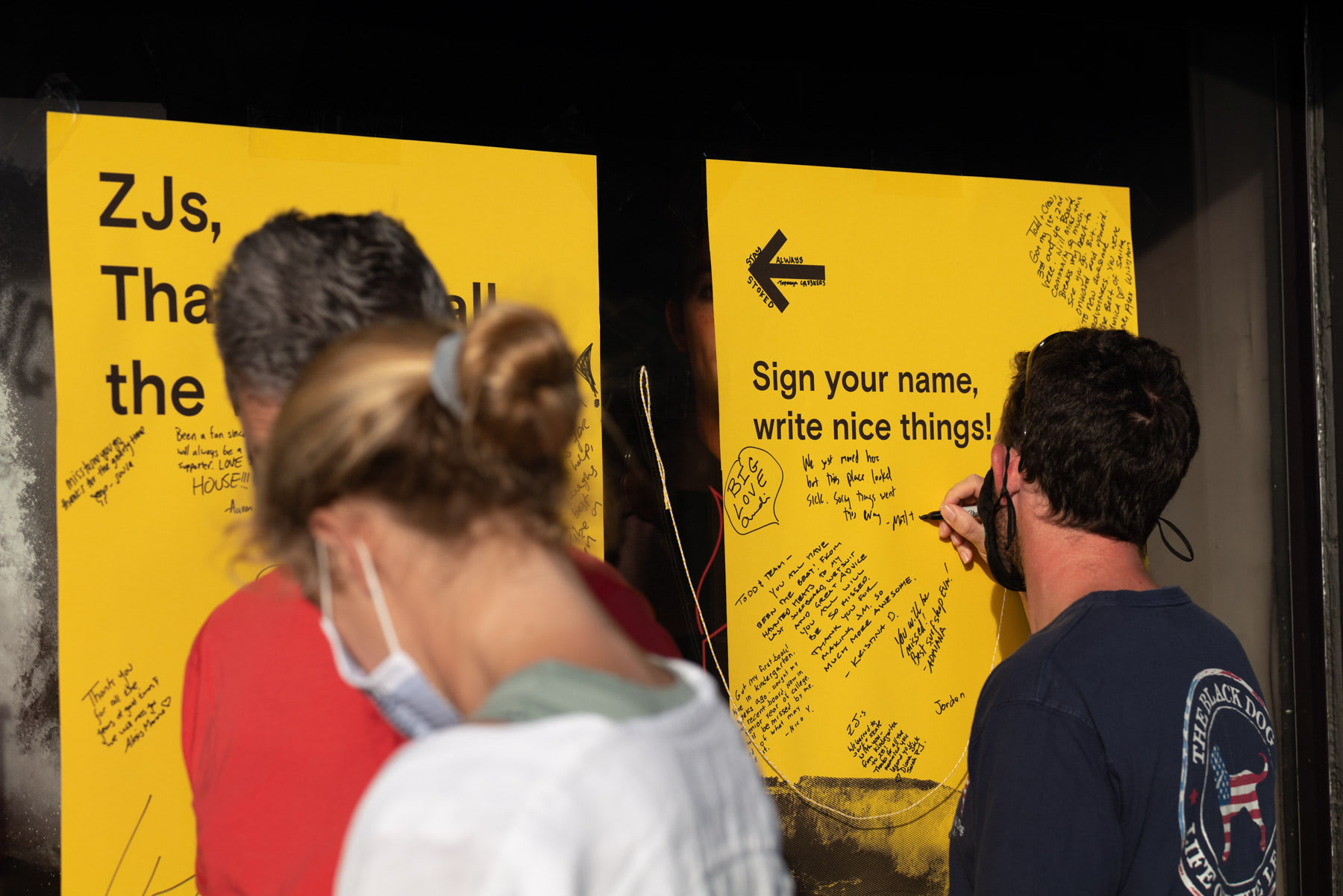 zjs boarding shop closing more writing on poster