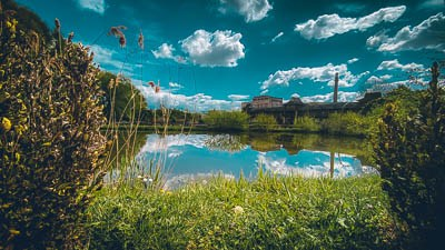 Rybníky v resortu slouží k odpočinkovému rybolovu.
