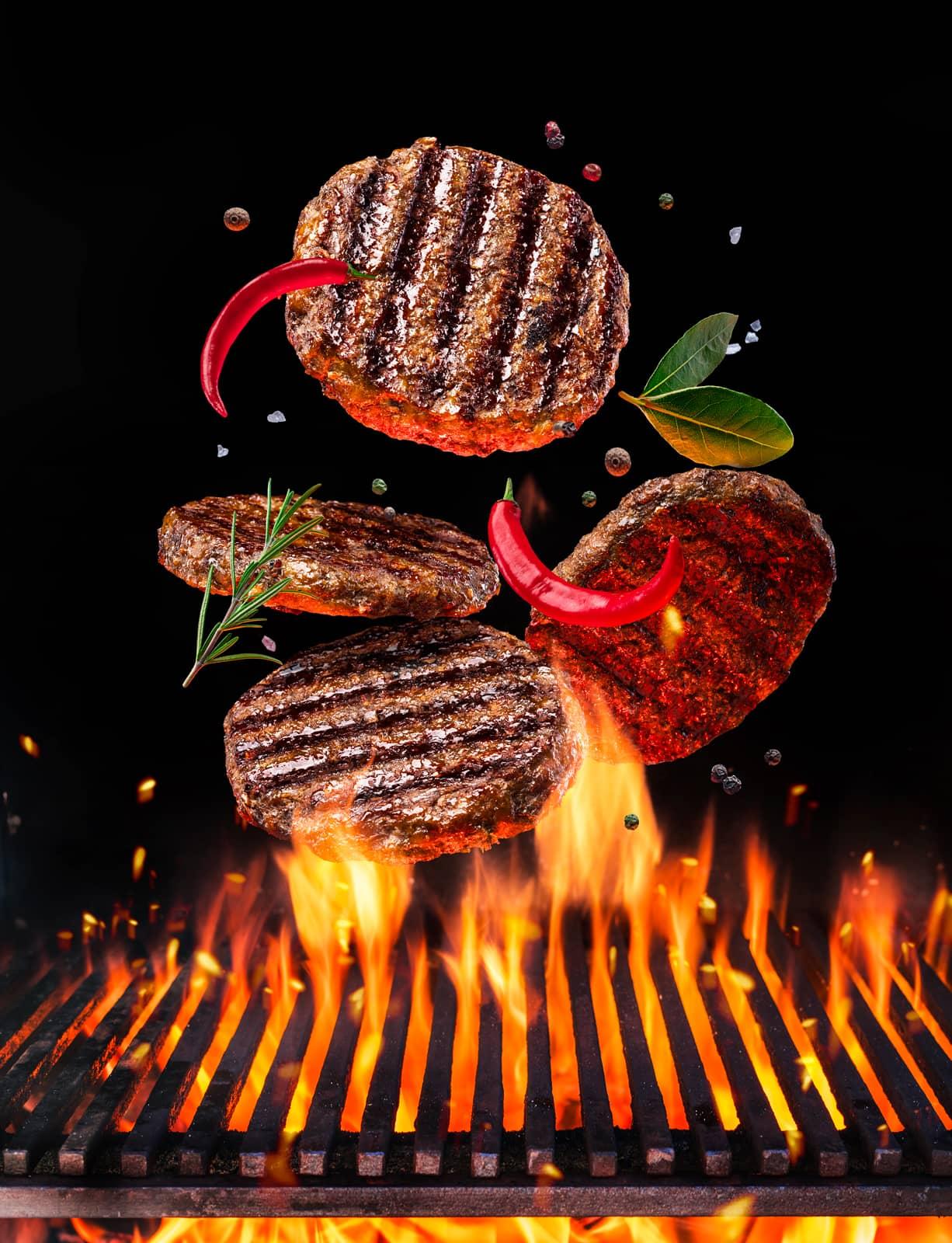 Naše masa grilujeme s vášní.