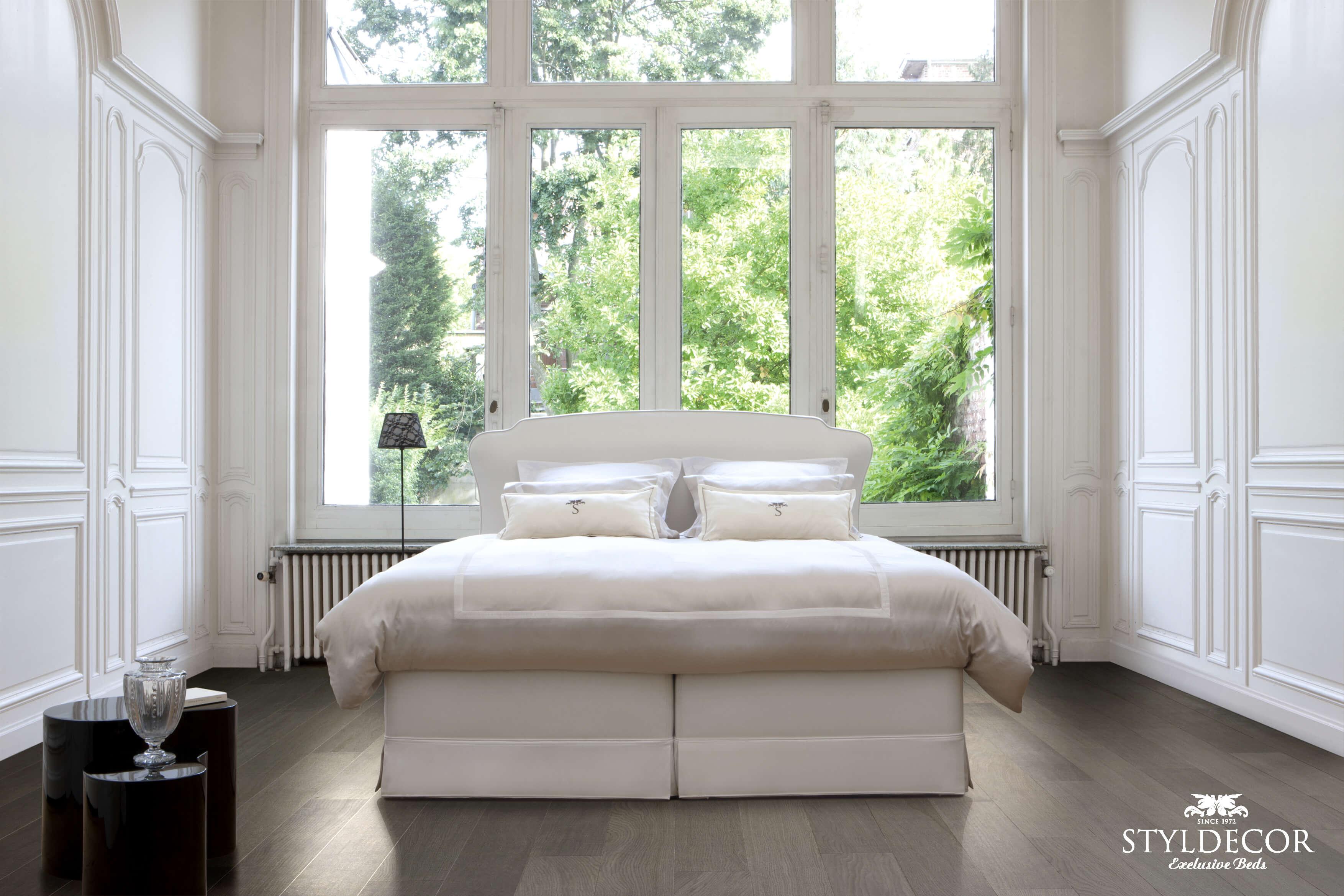 STYLDECOR Handmade Luxury Beds