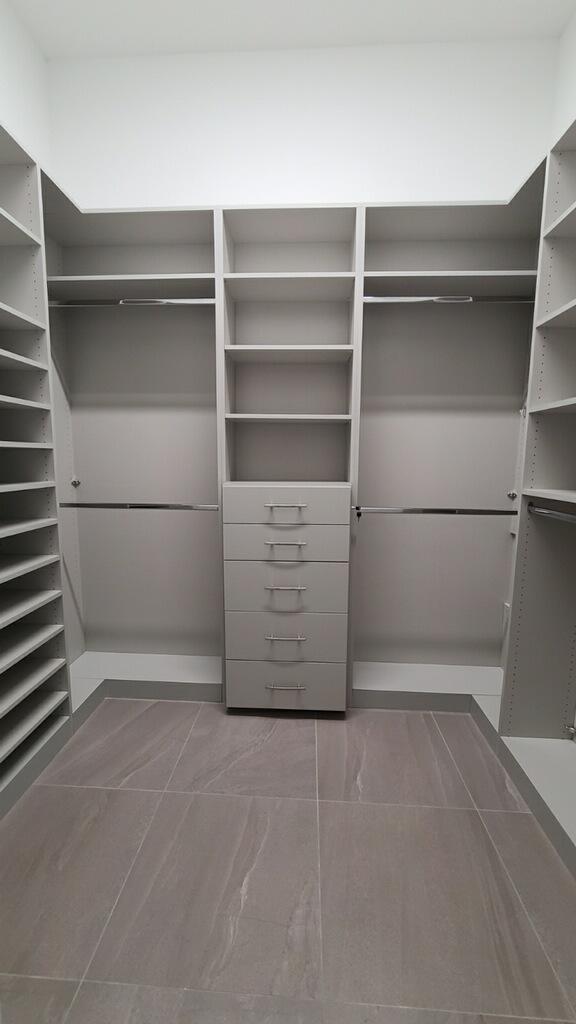 Custom Closet 3