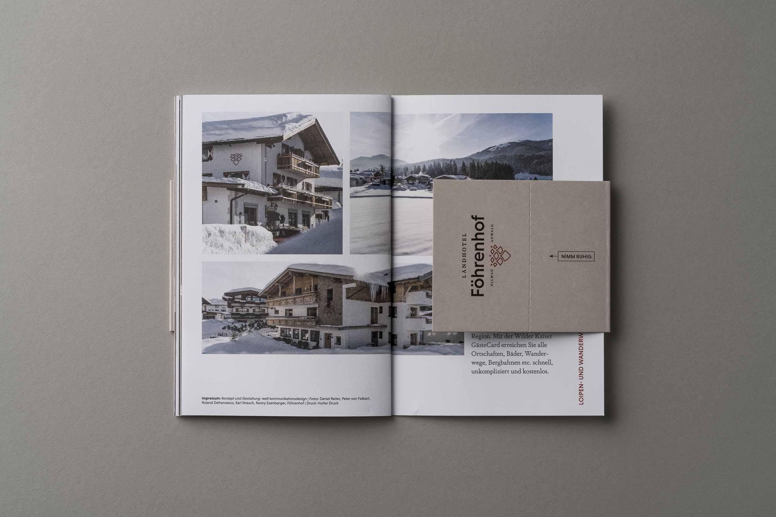 Die letzte Innenseite des Föhrenhof-Imagefolder mit Visitenkarte.