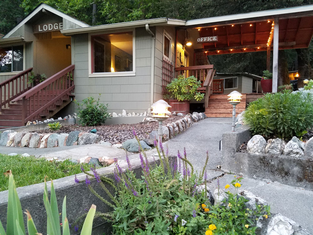 Coho Cottages & China Creek Cottages