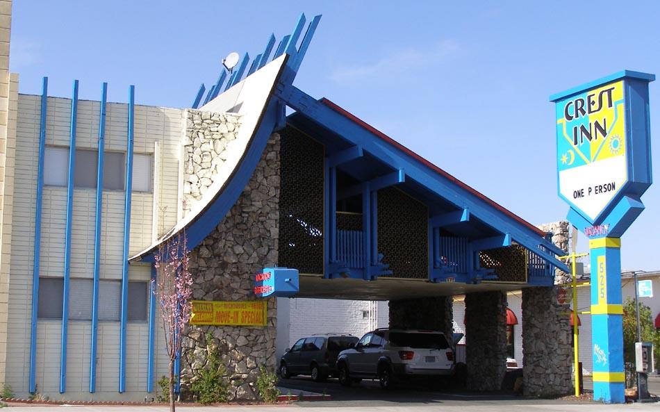 Crest Inn