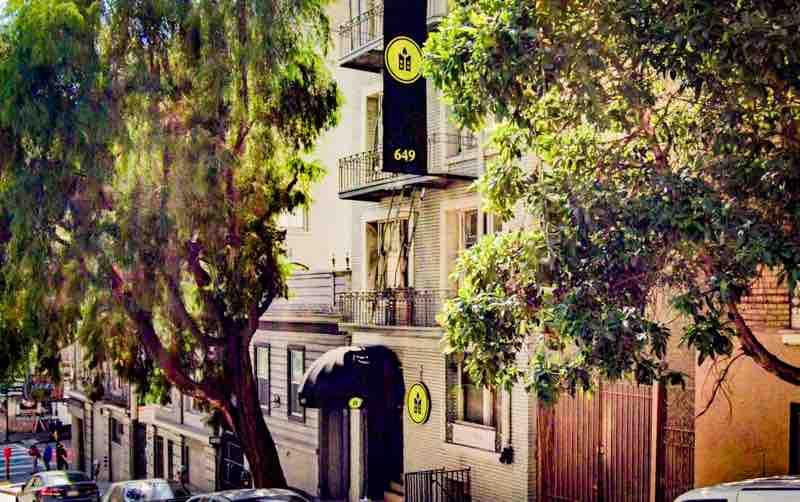 Hotel Brady Acres